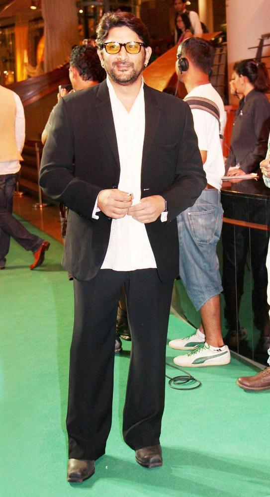 Arshad Warsi at IIFA Rocks On Reen Carpet