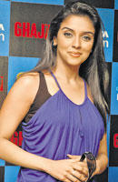 Asin Thottumkal Sweet Attractive Face Look Pic