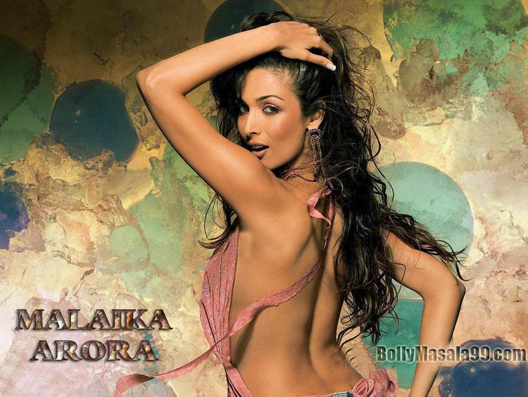 Malaika Arora Sexy Backbare Still