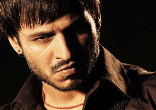 Vivek Oberoi Angry Look Pic