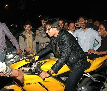 Vivek Oberoi Wonderful Bike Still