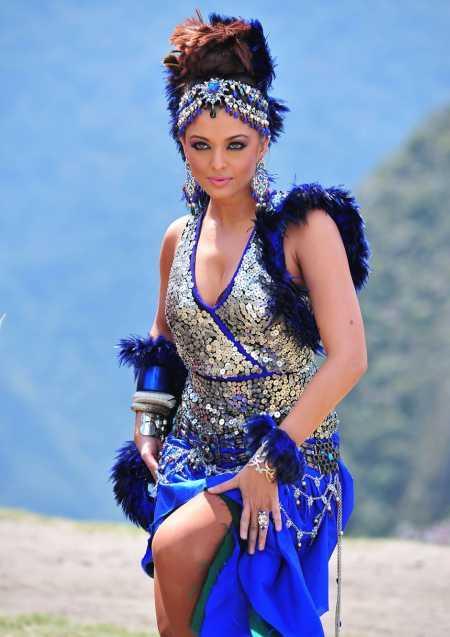 Aishwarya Rai Hot Dance Pic in Robot