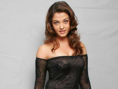 Aishwarya Rai Spicy Look Photo Shoot