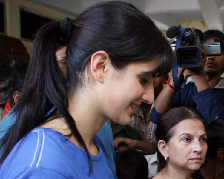 Lovely Babe Katrina Kaif Side Face Sweet Still