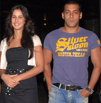 Salman Khan and Katrina Happy Still