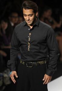 Salman Khan Walks The Ramp at Wills Fashion Week