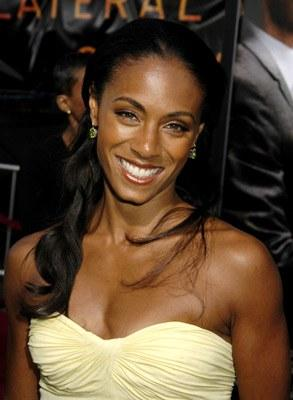 Jada Pinkett Smith In Strapless Dress Smiling Pic