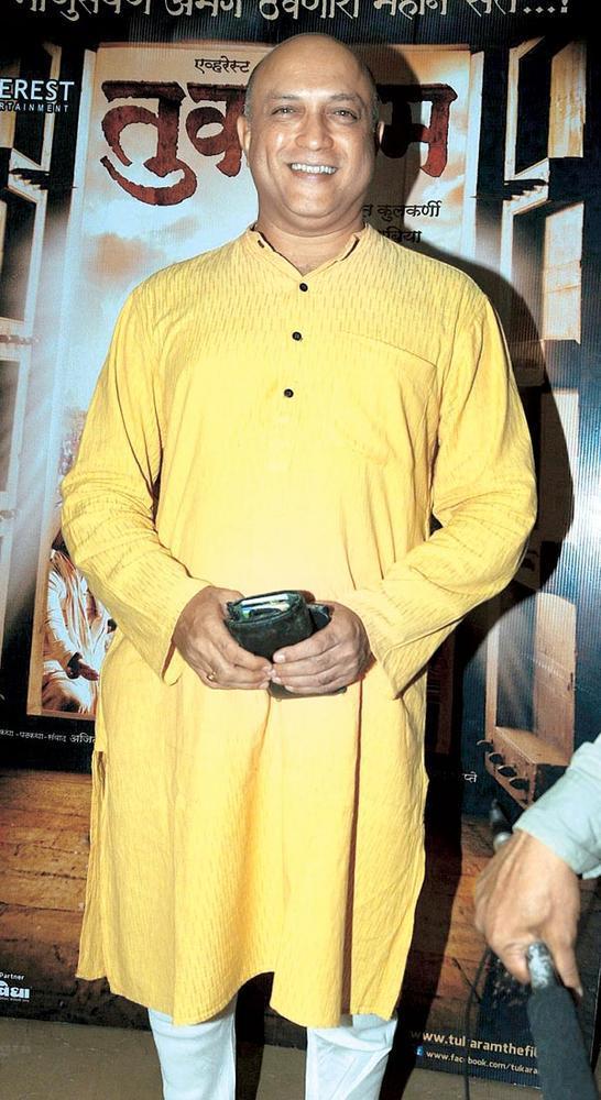 Yatin Karyekar at The Premiere Of Tukaram