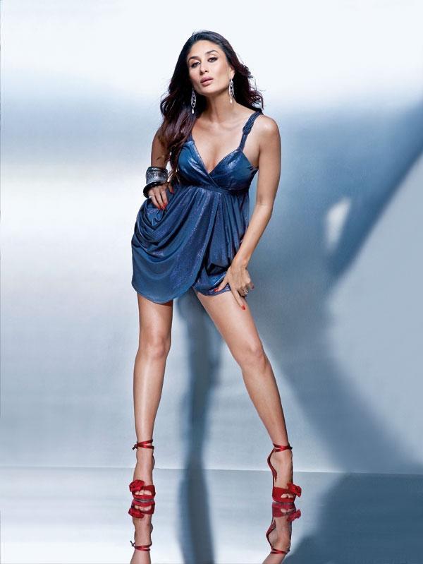 Kareena Kapoor Showing Her Glossy Things