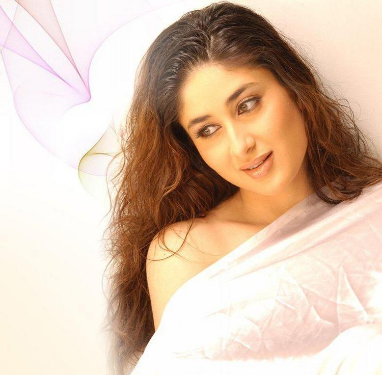 Kareena kapoor Sizzling Hot Pic