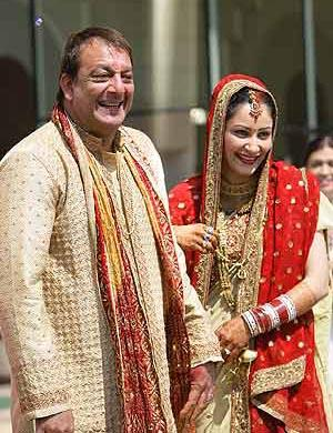 Sanjay Dutt and Manyata Smiling Pic