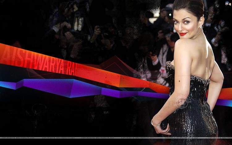 Aishwarya Rai Awesome Sexy Pic at Cannes