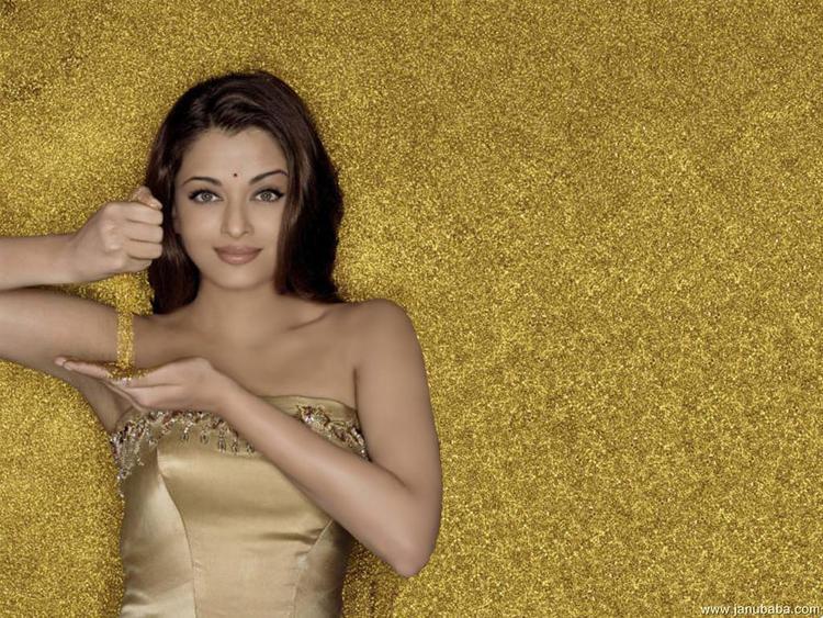 Aishwarya Rai Sexy Hot Pic