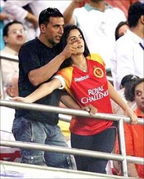 Akshay and Katrina at IPL