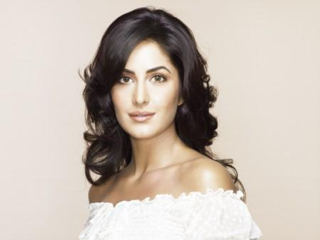 Katrina Kaif Shiny Face Look Pic