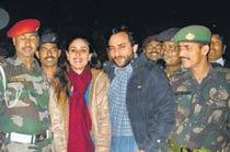 Kareena Kapoor and Saif Poses With Army