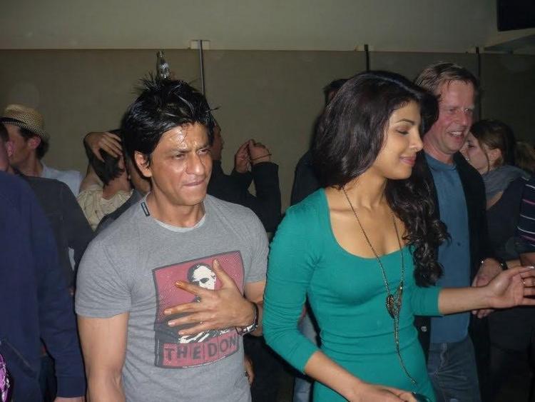 Shahrukh and Priyanka at Don 2 Party in Berlin