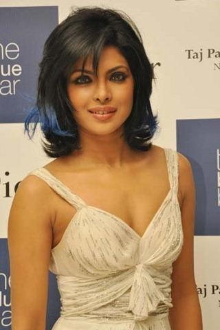 Priyanka Chopra Cute Face Sweet Pic