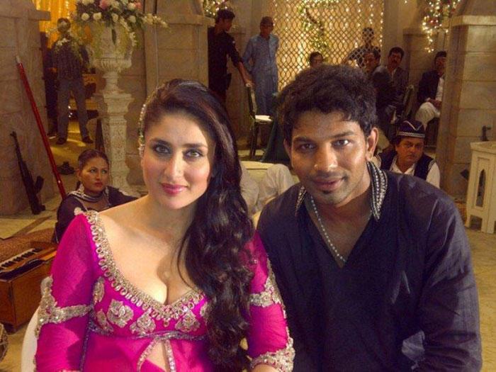 Kareena Kapoor Poses On The Sets Of Agent Vinod