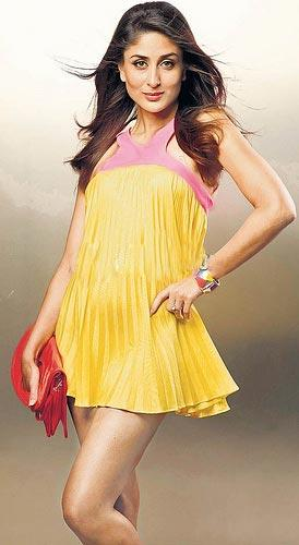 Kareena Kapoor Short Sexy Dress Still