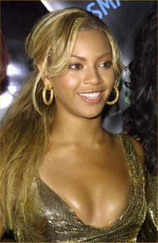 Beyonce Knowles Latest Glamour Pic