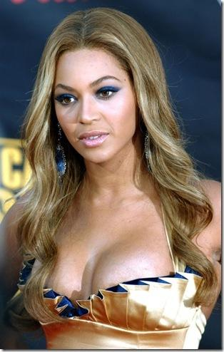 Beyonce Knowles Open Boob Exposing Hot Still