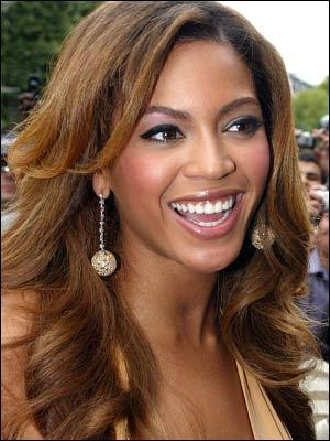 Beyonce Knowles Open Smile Pic