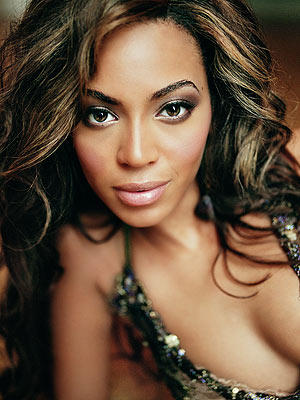 Beyonce Knowles Senseous Look Picture