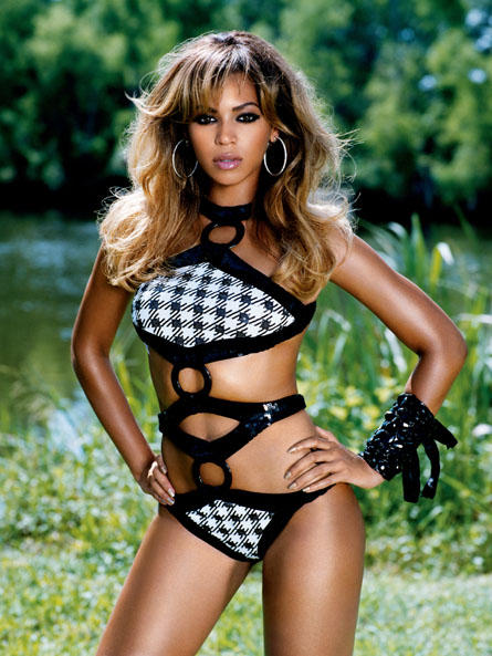 Beyonce Knowles Sexiest Dress Spicy Still