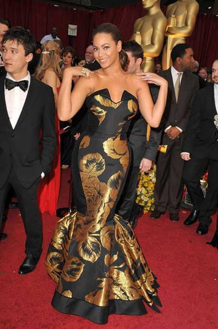 Beyonce Knowles Sexy Gown Pic On Red Carpet