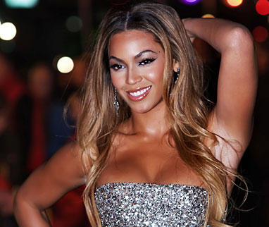 Beyonce Knowles Strapless Dress Glamour Still