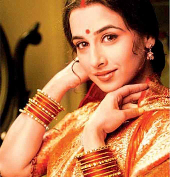 Vidya Balan Beautiful Face Look Still From Parineeta Movie