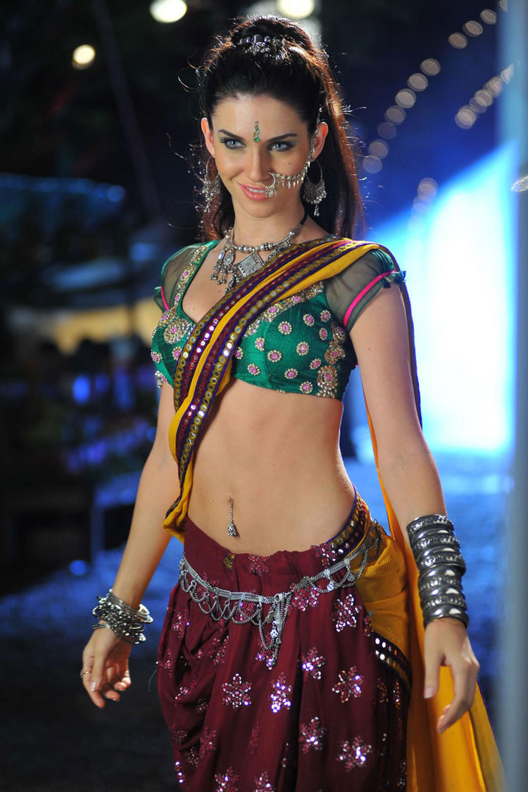 Gabriela Bertante Sizzling And Attractive Photo Still In A Lehenga Style Saree