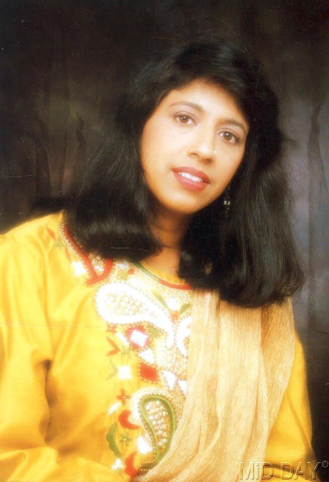 Singer Kavita Krishnamurthy Charming Face Look Still