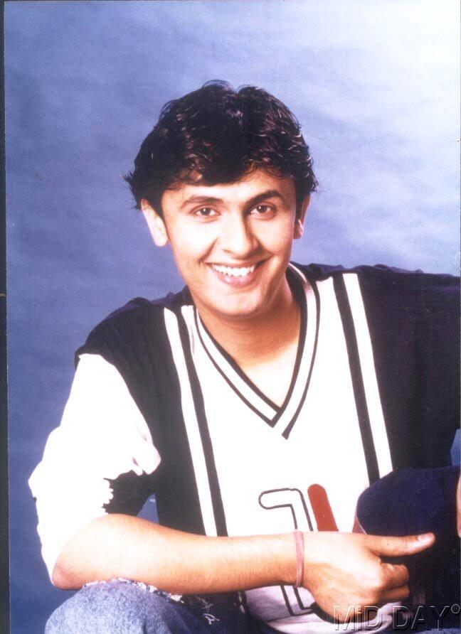 Singer Sonu Nigam Cute Smiling Still