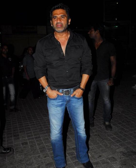 Suniel Shetty Stylish Look Pose At The Screening Of Balak Palak
