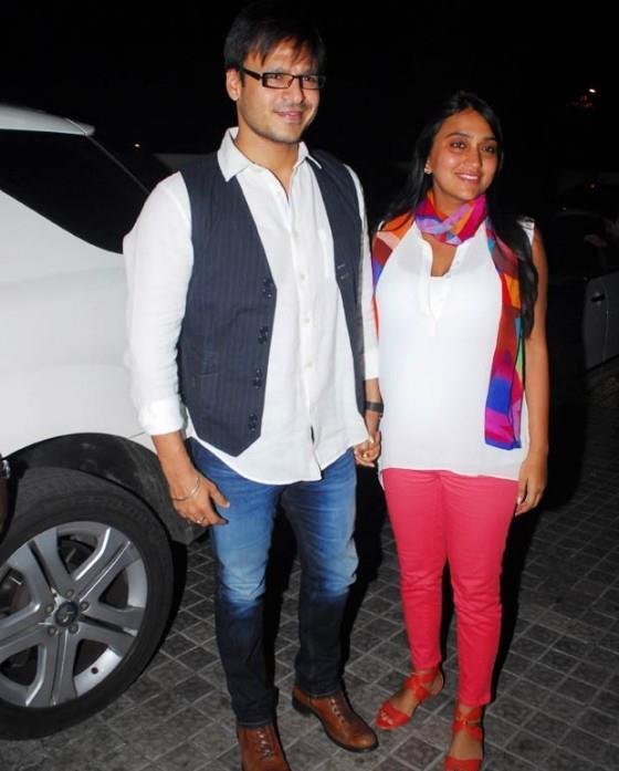 Vivek With Wife Priyanka Snapped At The Screening Of Balak Palak