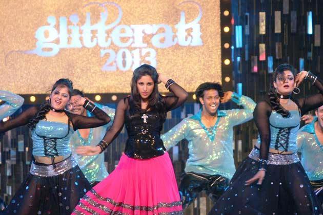 Parineeti Mindblowing Dance At Glitterati 2013 Aamby Valley City On New Years