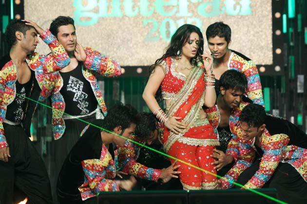 Anjana Hot Performance At Glitterati 2013 Aamby Valley City On New Years
