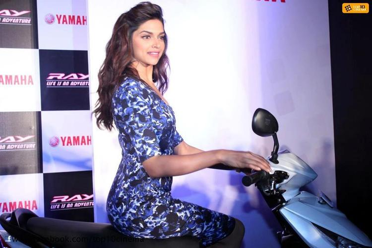 Deepika Padukone Posed With A Scooter At Yamaha Female Riding Training Program