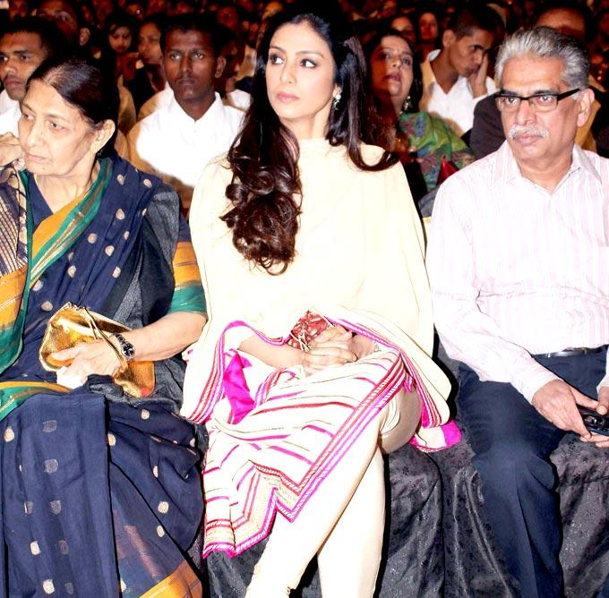 Tabu With Friends Snapped At Umang Police Show 2013 Held In Mumba