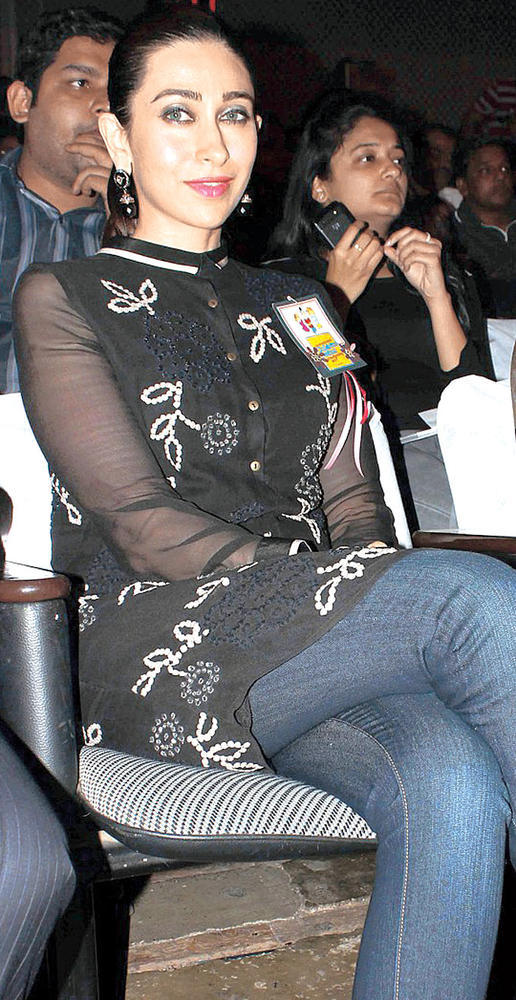 Karisma Kapoor Attend The International Children Festival Of Performing Arts