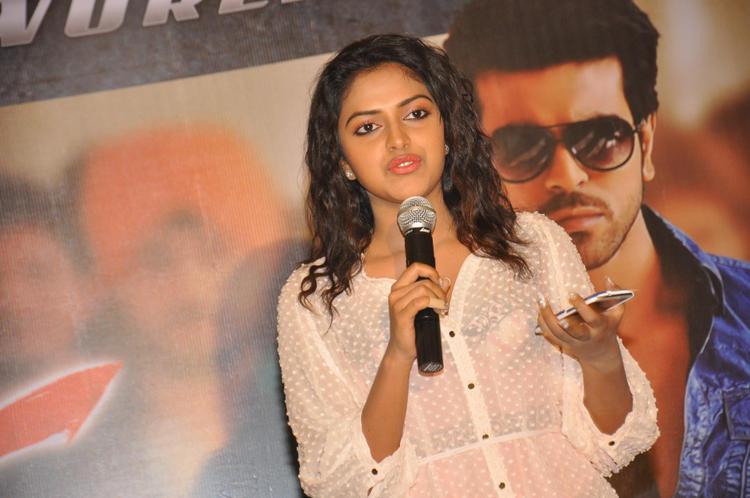Amala Paul Speaks On At Naayak Movie Press Meet