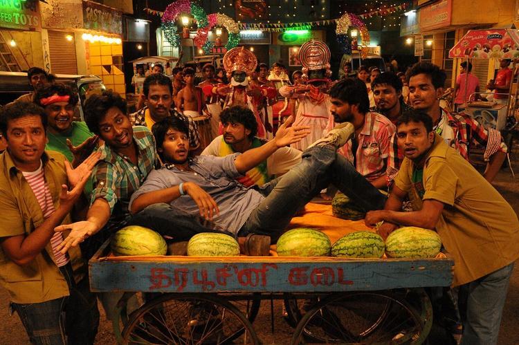 Sundeep Kishan Dance Still From Yaaruda Mahesh Movie