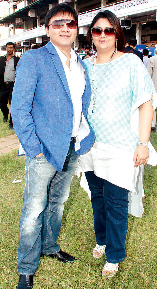 Sammeer And Poses With Wife Palak For A Click At Royal Western India Turf Club During MiD DAY Trophy