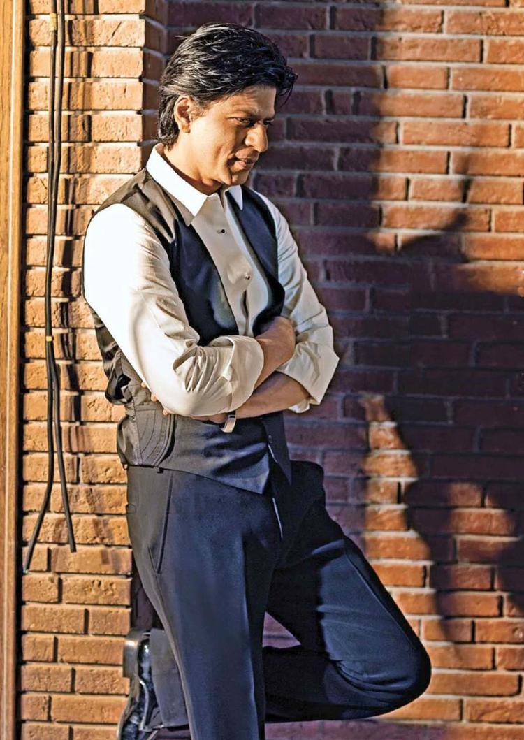 Shahrukh Khan Stylish Look Photo Shoot For Filmfare Hindi January 2013