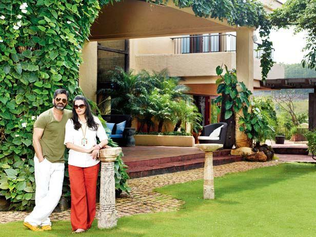 Suniel With And Mana Posed Outside Of Their Bungalow At Khandala