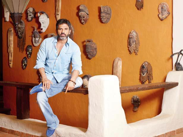 Suniel Shetty Clicked A Cool Pic At His Bungalow In Khandala