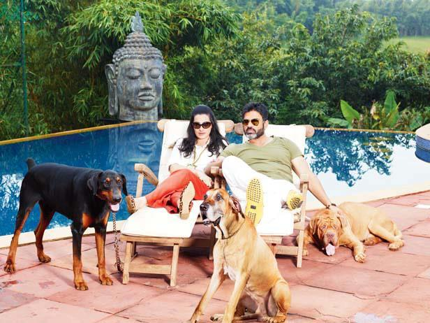 Suniel With Wife Mana And Their Dogs Near Swimming Pool Nice Still