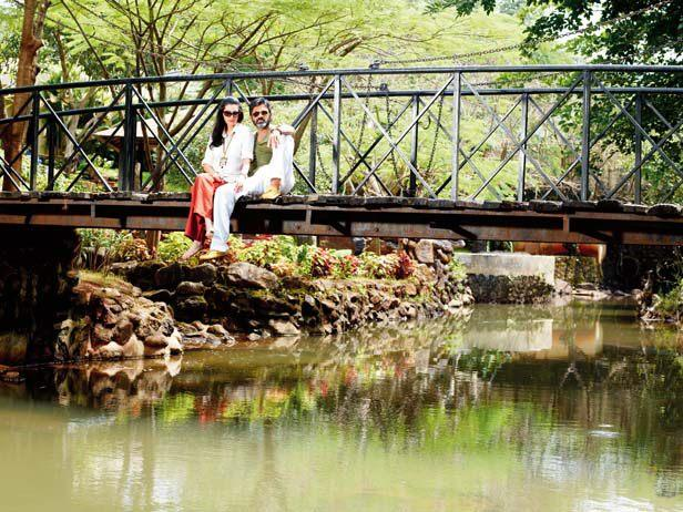 Suniel With Wife Mana Posed In A Garden At Their Bungalow In Khandala